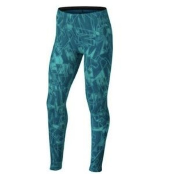 f238369bad94c Nike Girls' Sportswear Mashup Printed leggings. M_5b8ea45c6a0bb78a44206bec